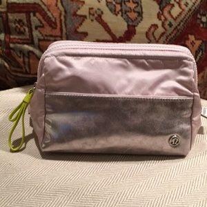 NWOT Lululemon cosmetic/toiletries bag dusty rose